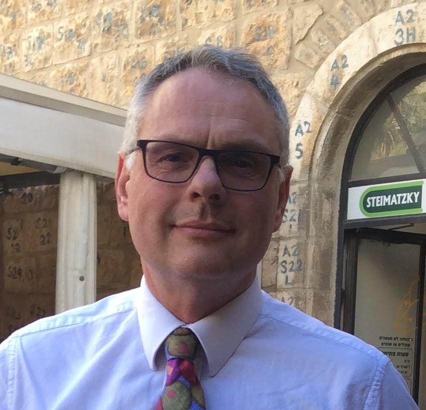 Robert Festenstein, Principal